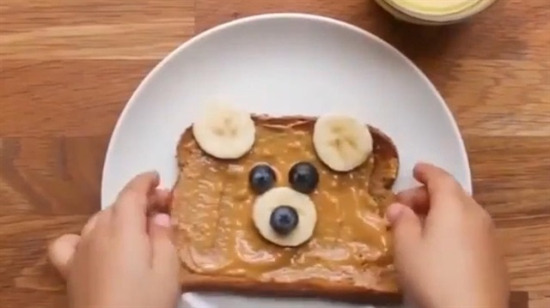 Çocuklar için hemen yenilebilir kahvaltı