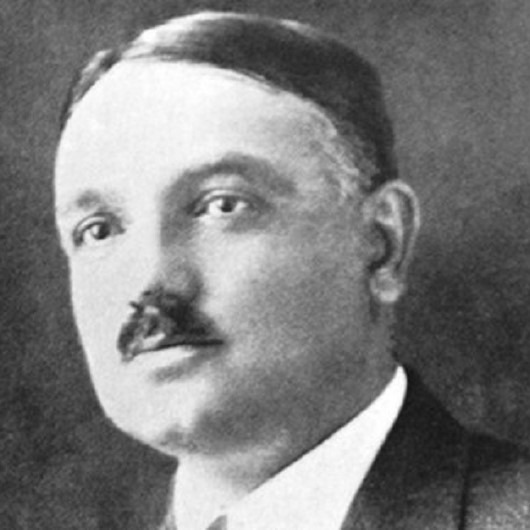 Yahya Kemal Beyatlı'nın doğum günü