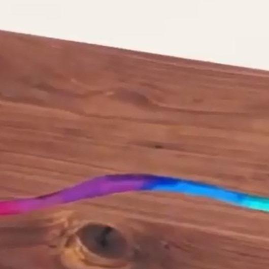 Pastel boyaların baş rolde olduğu masa yapımı