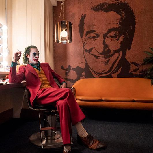 'Hiç bir kötü onun kadar sevilmedi': Joker gişede rekor kırmaya devam ediyor