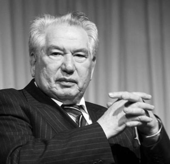 Cengiz Aytmatov ölüm yıl dönümü