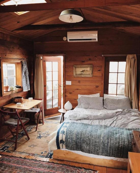 Çok ferah bir yatak odası