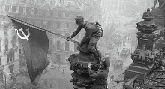 Nazi Almanyasının düşüşü, Berlin 1945