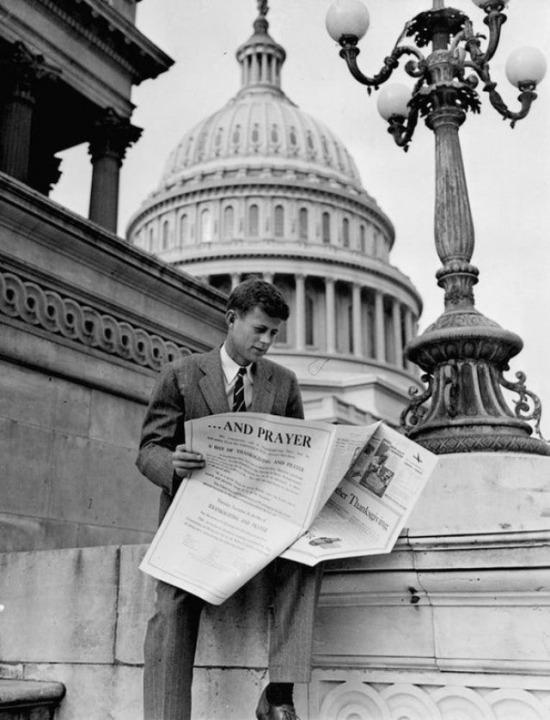 John F Kennedy, ABD 1946