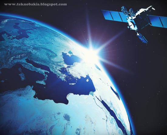 Türksat uydusu, Fransız Guyanası'ndan uzaya fırlatılarak geçici yörüngesine yerleşti.