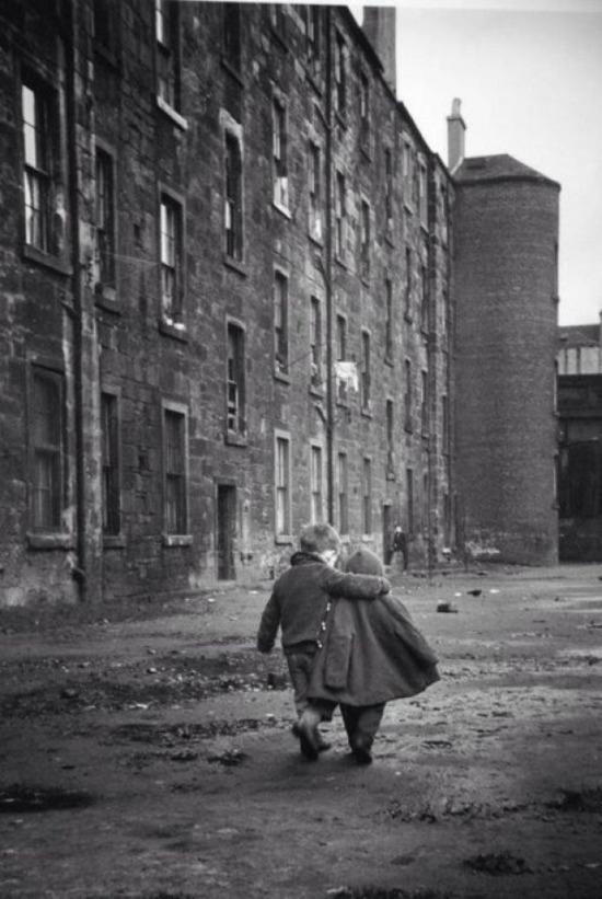 Kardeş sevgisi, Glasgow, İskoçya, 1968 yılı
