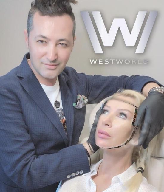 En sevilen Westworld karakterleri, Dolores ve Dr. Robert