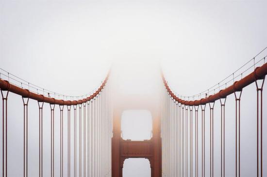 San Francisco'nun simgeleri: Golden Gate Köprüsü ve sis