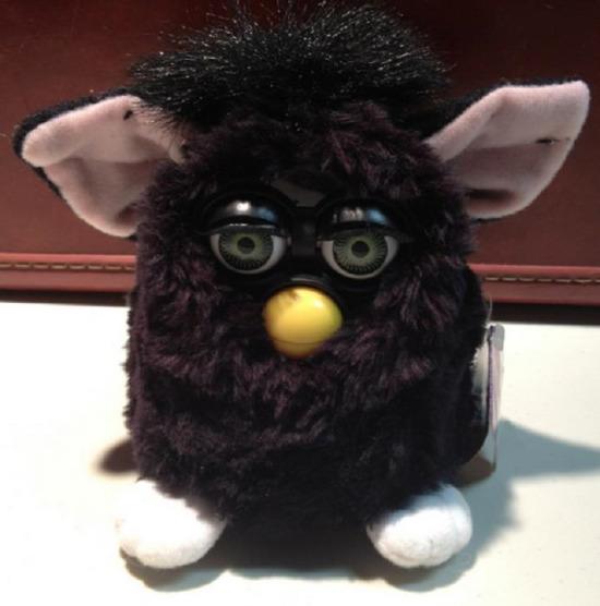 Havalı çocukların oyuncağı Furby