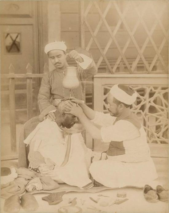 Kahire'de bir berber, Mısır, 1870 yılı