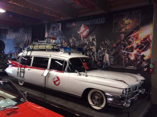 Hayalet Avcıları (Ghostbusters) filminde kullanılan 1959 Cadillac Miller-Meteor