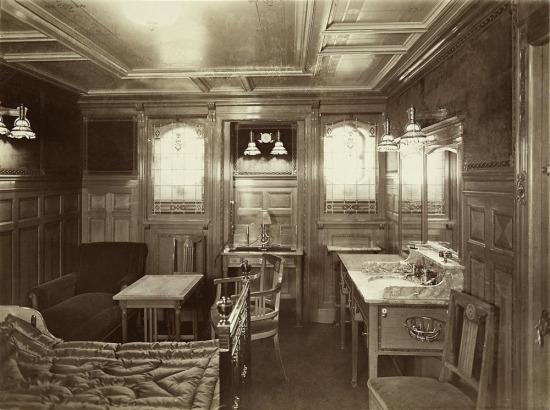 Titanik'te birinci sınıf bir suit, 1912 yılı