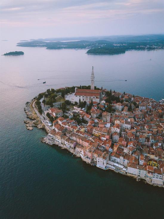 Kuş gibi uçarken Hırvatistan toprakları