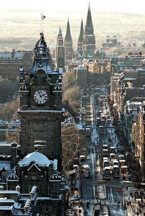 Bir kış günü Edinburgh, İskoçya
