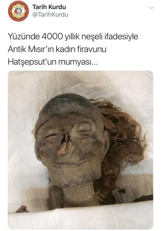 4000 yıl gülümseyecek kadar ne yaşadı acaba?