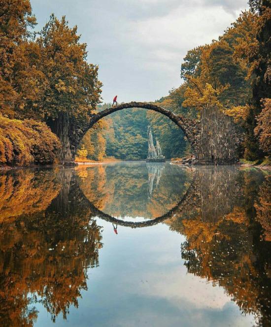Kromlau Köprüsü, Almanya