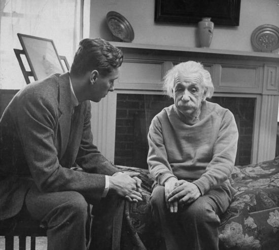 """Einstein: """"Akıllı insanlarda mutluluk, bildiğim en nadir şey"""""""