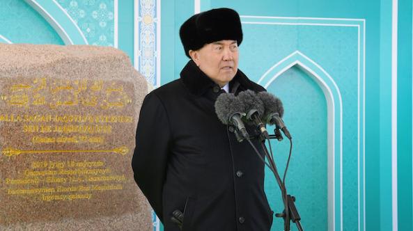 Nazarbayev'in istifasının arkasında hangi hedefler var?