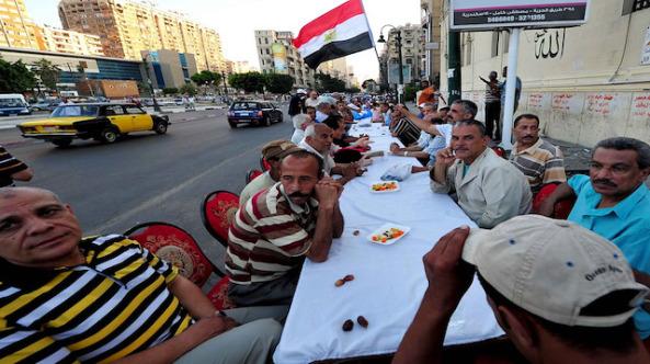 Mısır'da İftar çadırı geleneği kayboluyor