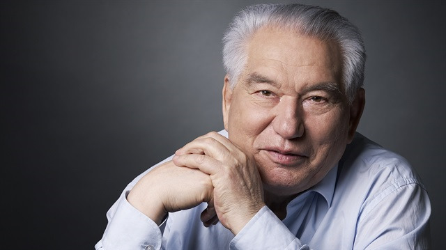 Kırgızların bilge yazarı Cengiz Aytmatov'dan 10 alıntı