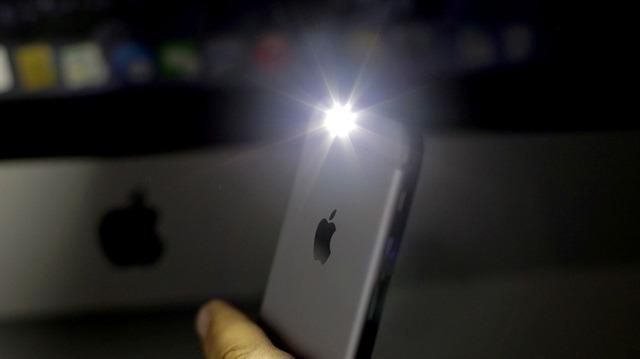 iPhone'larda el fenerinin parlaklığı nasıl değiştirilir?