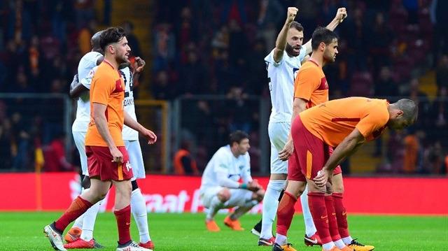 Galatasaray elendi, ilk finalist Akhisar oldu!