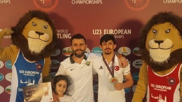 Akhisarlı Kamal, Avrupa Şampiyonu oldu