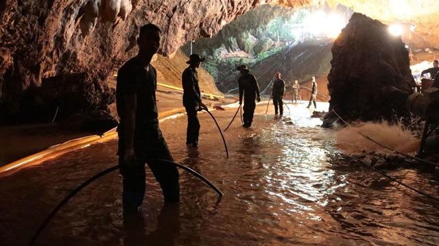 Mağarada mahsur kalan Taylandlı çocukların hikayesi film oluyor