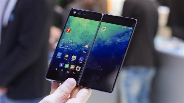 Rehber: Standart akıllı telefonlardan sıkılanlar için 6 cazip öneri!