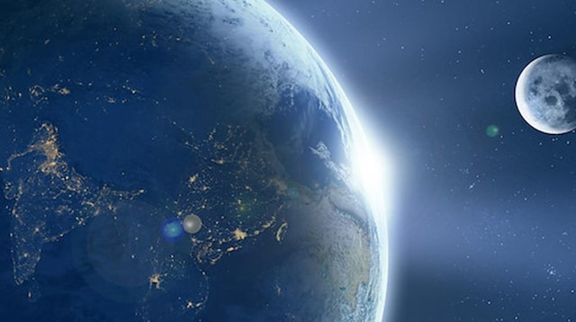 Dünya'nın Ay dışında iki uydusu daha olduğu tespit edildi