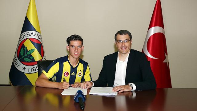 Fenerbahçe'nin genç yıldızı 4 hafta yok