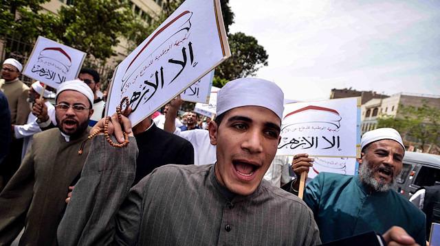 Mısır istihbaratı naylon gösteri düzenledi