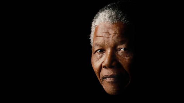 Sıra dışı ve etkileyici bir yaşam: Nelson Mandela