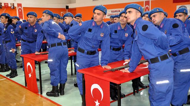 Bakan Akar'dan askerliğin kısalmasına ilişkin açıklama