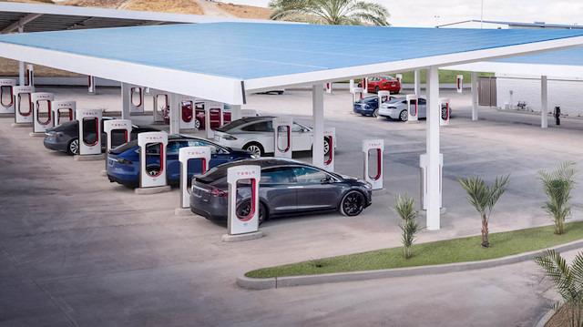Elon Musk: Tesla'nın Supercharger istasyonları 2019'da tüm Avrupa'yı kapsayacak!