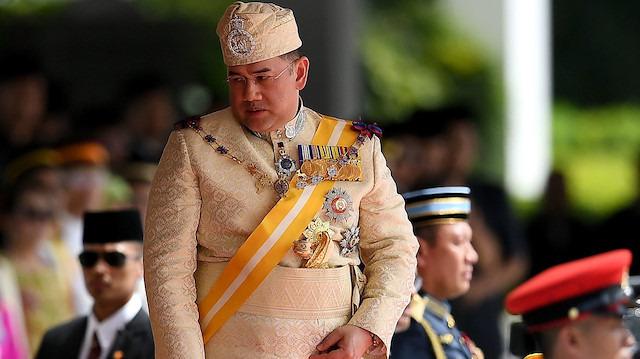 Malezya Kralı, kendi isteğiyle tahttan çekildi