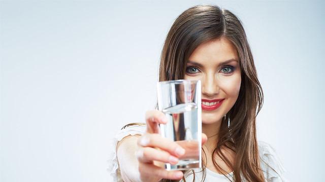 Böbrek sağlığınız için kışın 2 litre su için