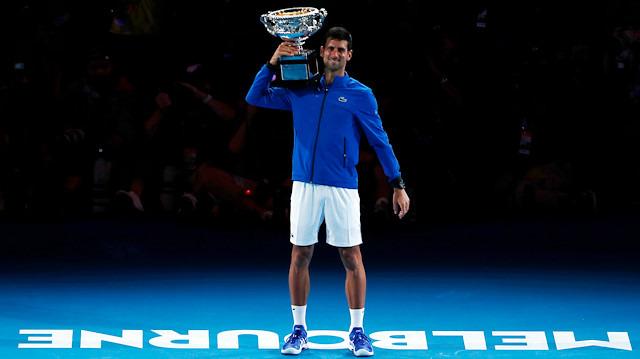 Djokovic, Nadal karşısında zorlanmadı