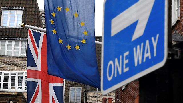 Şirketlerden 'Brexit' önlemi