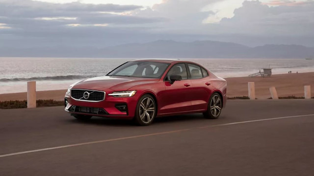 Volvo tüm araçların hızını 179 km / s'e düşürüyor