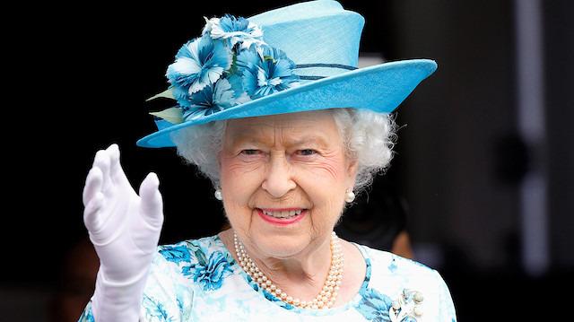Kraliçe Elizabeth Instagram kullanmaya başladı