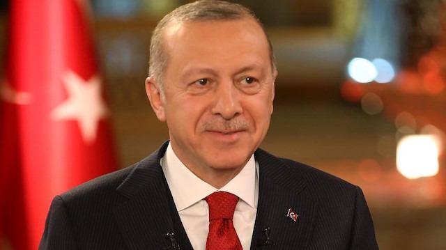 Cumhurbaşkanı Recep Tayyip Erdoğan'dan nişanlanan çifte sürpriz