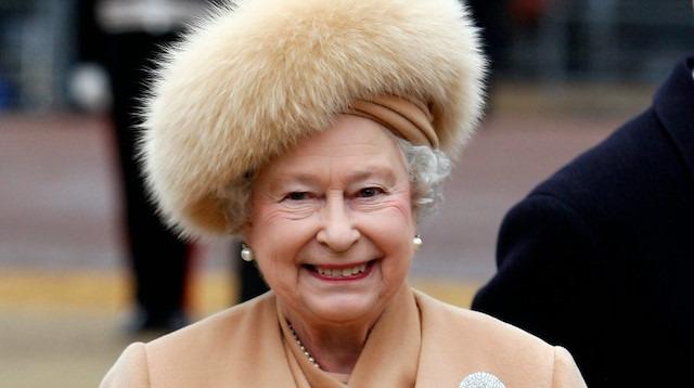 Bugün 93 yaşına giren Kraliçe'nin merak edilen hayat öyküsü