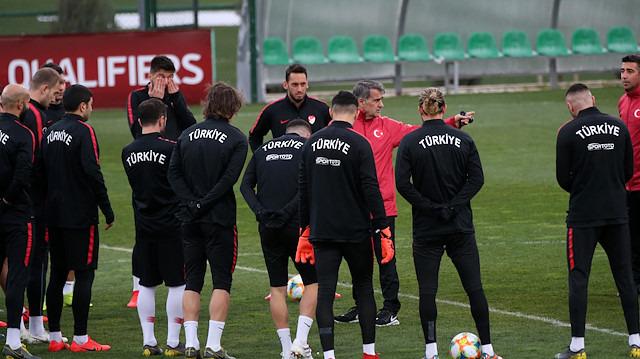 Arnavutluk - Türkiye maçı şifresiz mi?
