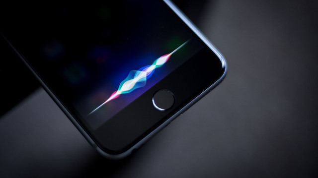 Siri 'akıllanmaya' devam ediyor