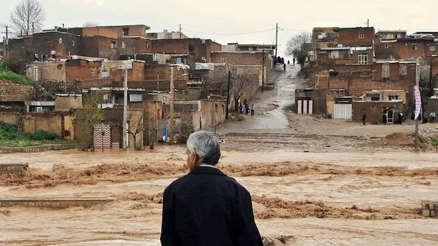 İran'daki sel felaketinde zarar 500 milyon dolar