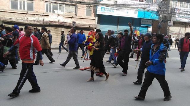 Nepal'de muhaliflerden Hindu devleti talebi