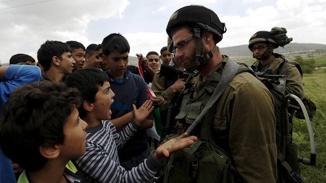 Kudüs'te Filistinli gençlere ve çocuklara gözaltı