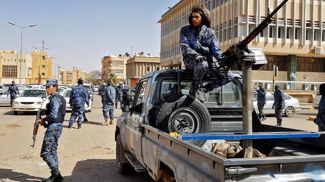 Hafter güçleri Trablus'a ilerliyor