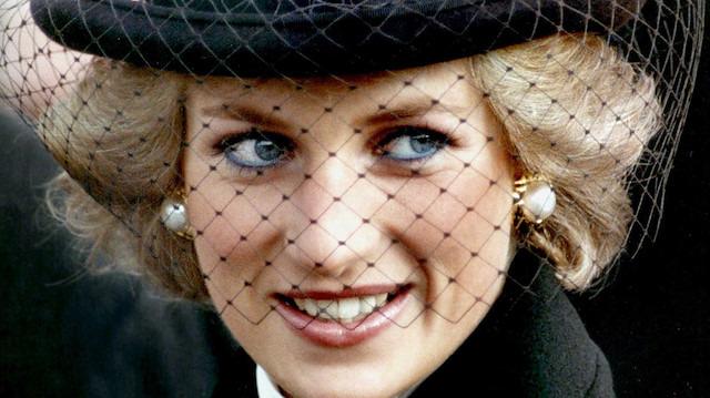 İngiliz Kraliyeti'nin aşçısından itiraflar: Diana bulaşık yıkardı